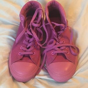 Hot Pink converse high tops. EUC!